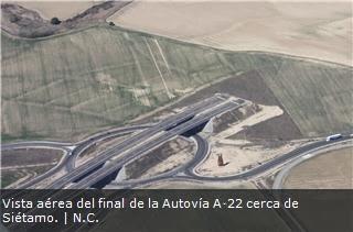 """[Huesca Suena] Manifestación """"Finalización A-22 YA!"""" Fomento-trabaja"""