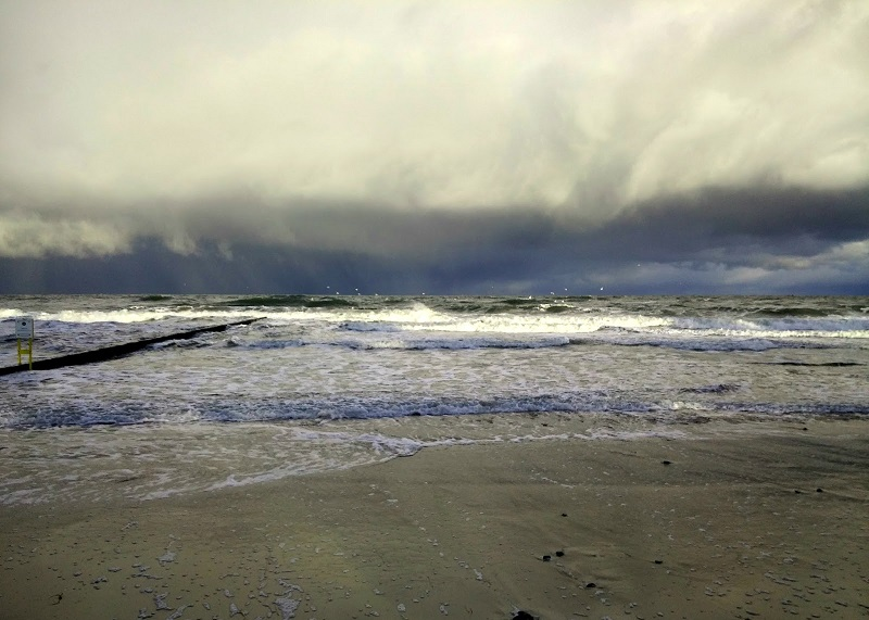 morze w listopadzie