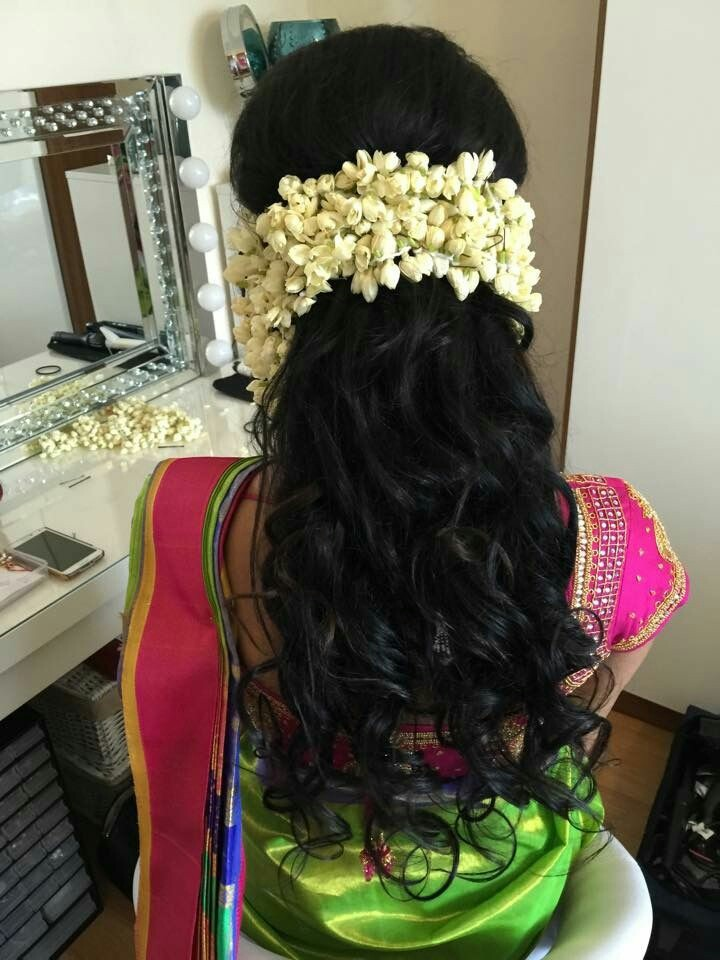 30 Easy Hairstyles For Your Mehndi Ceremony Bling Sparkle