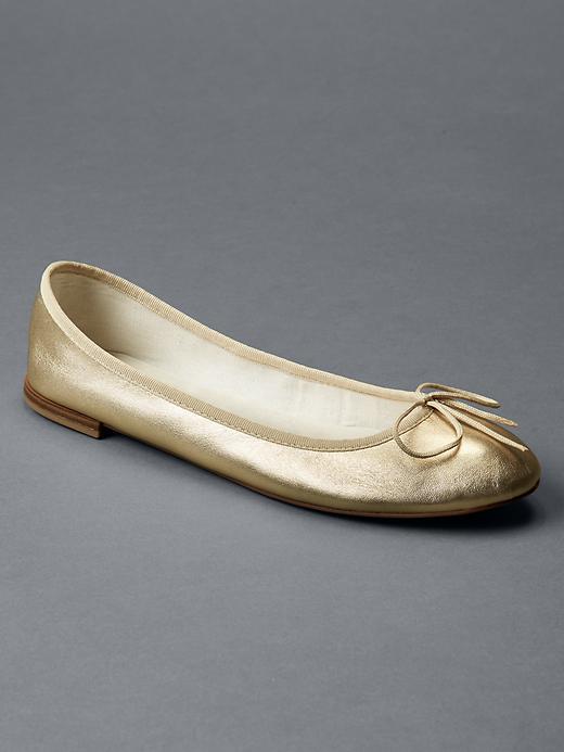 4 chaussures indispensables pour le printemps