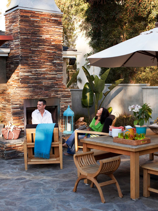 New Home Interior Design: House Tours: Casual Family ... on Relaxed Outdoor Living id=49543