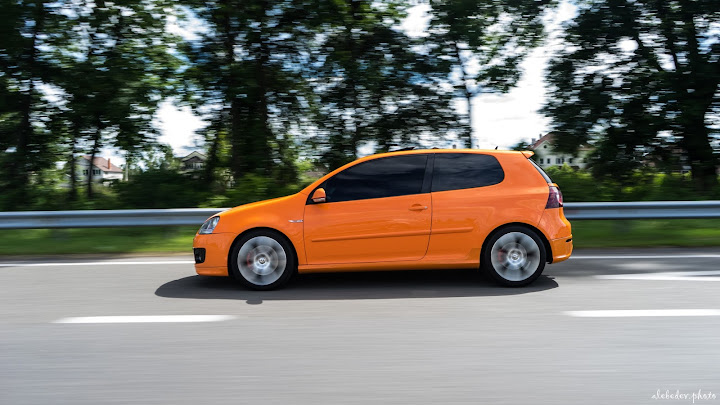Orange VW Golf mk5 GTI on BBS Detroit wheels