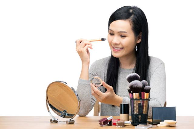 Bad Habits That Can Damage Facial Skin