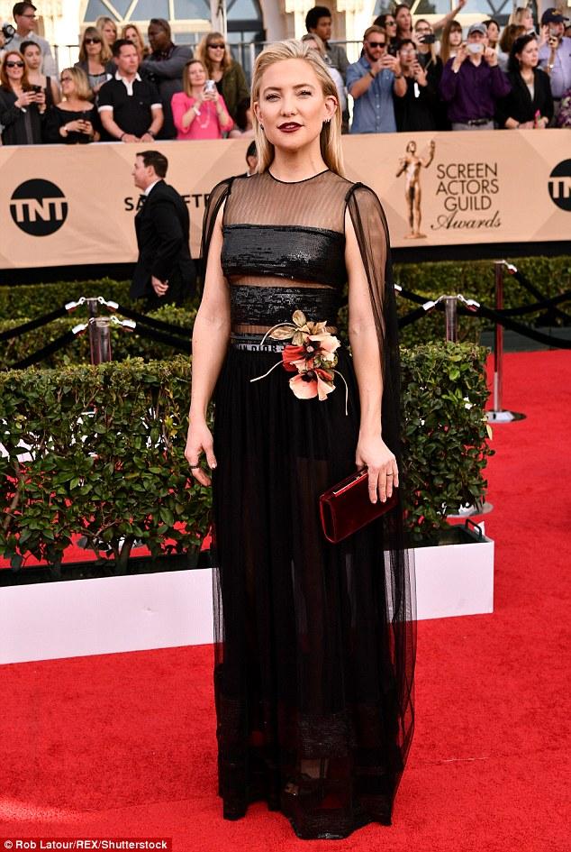 Kate Hudson goes braless in dramatic sheer-paneled dress at the SAG Awards