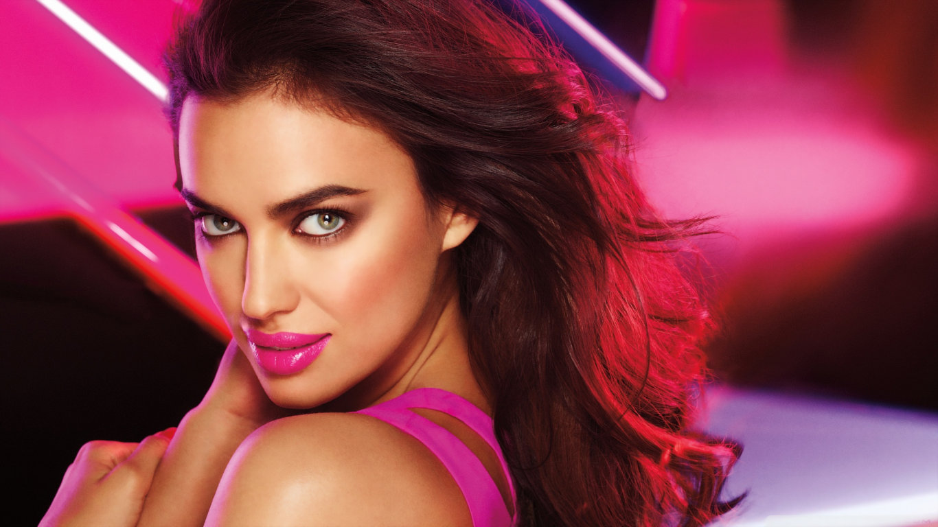 Irina Shayk Beautiful HD Wallpaper