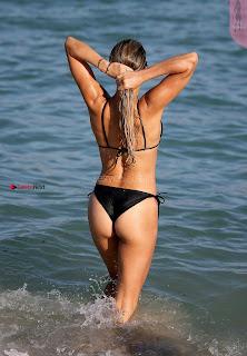 %5BJanuary+2018+ASS%5D+Sylvie+Meis+Sexy+ass+in+Bikinis+Huge+Ass+Butt+Cleavages+SexyCelebs.in+Exclusive+007.jpg