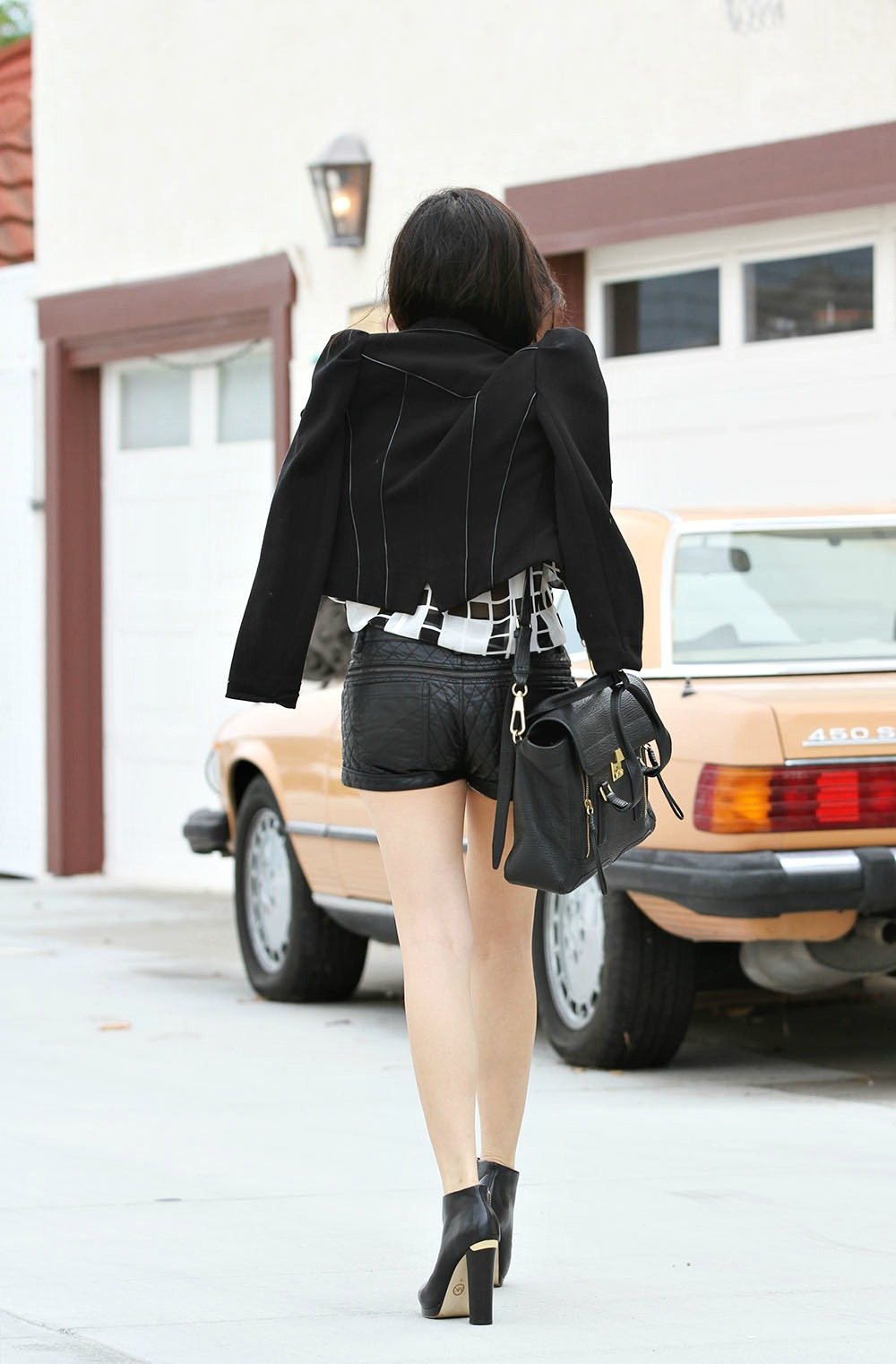 Adrienne Nguyen_Invictus_What to wear with leather shorts