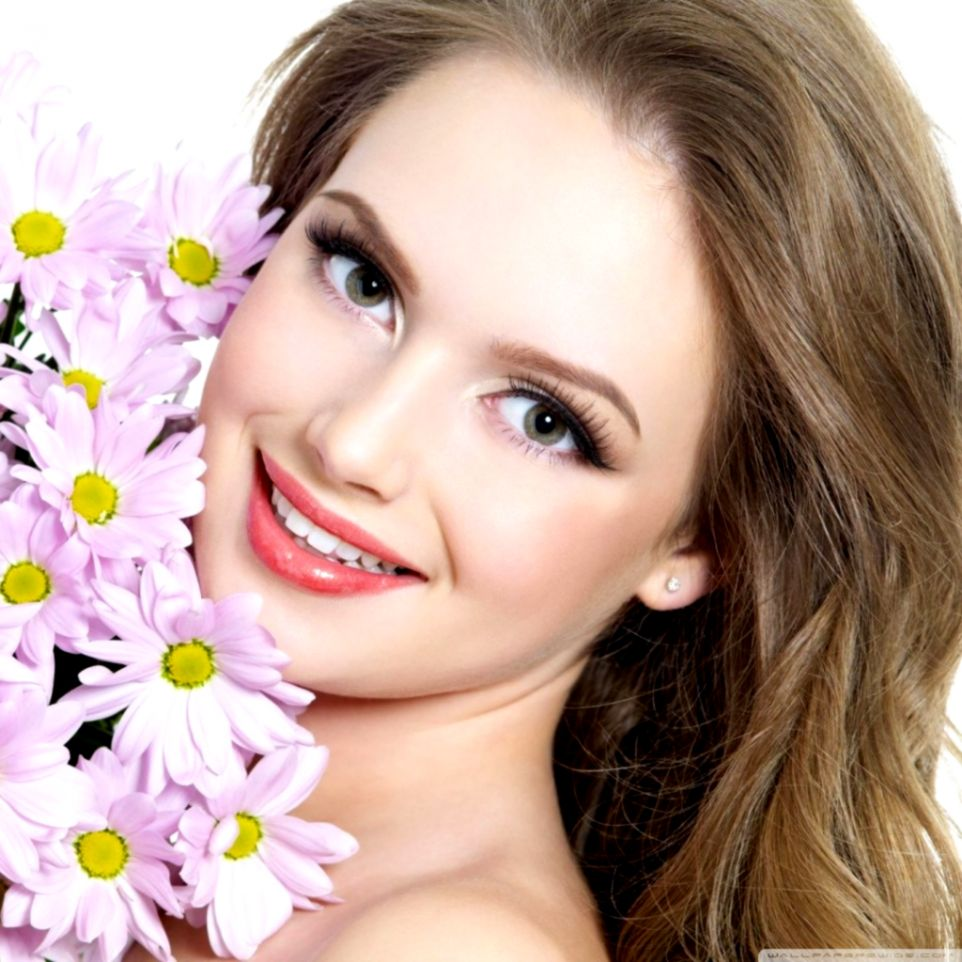 Girls Smile Hd Images Wallpapers Point