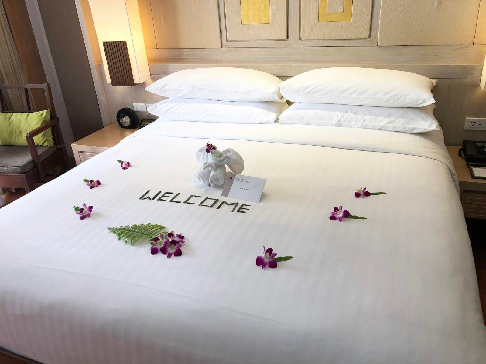 phuket marriott resort and spa bedroom