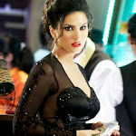 Sunny Leone Hot Photos in Black and Blue Dresses[4 Pics]