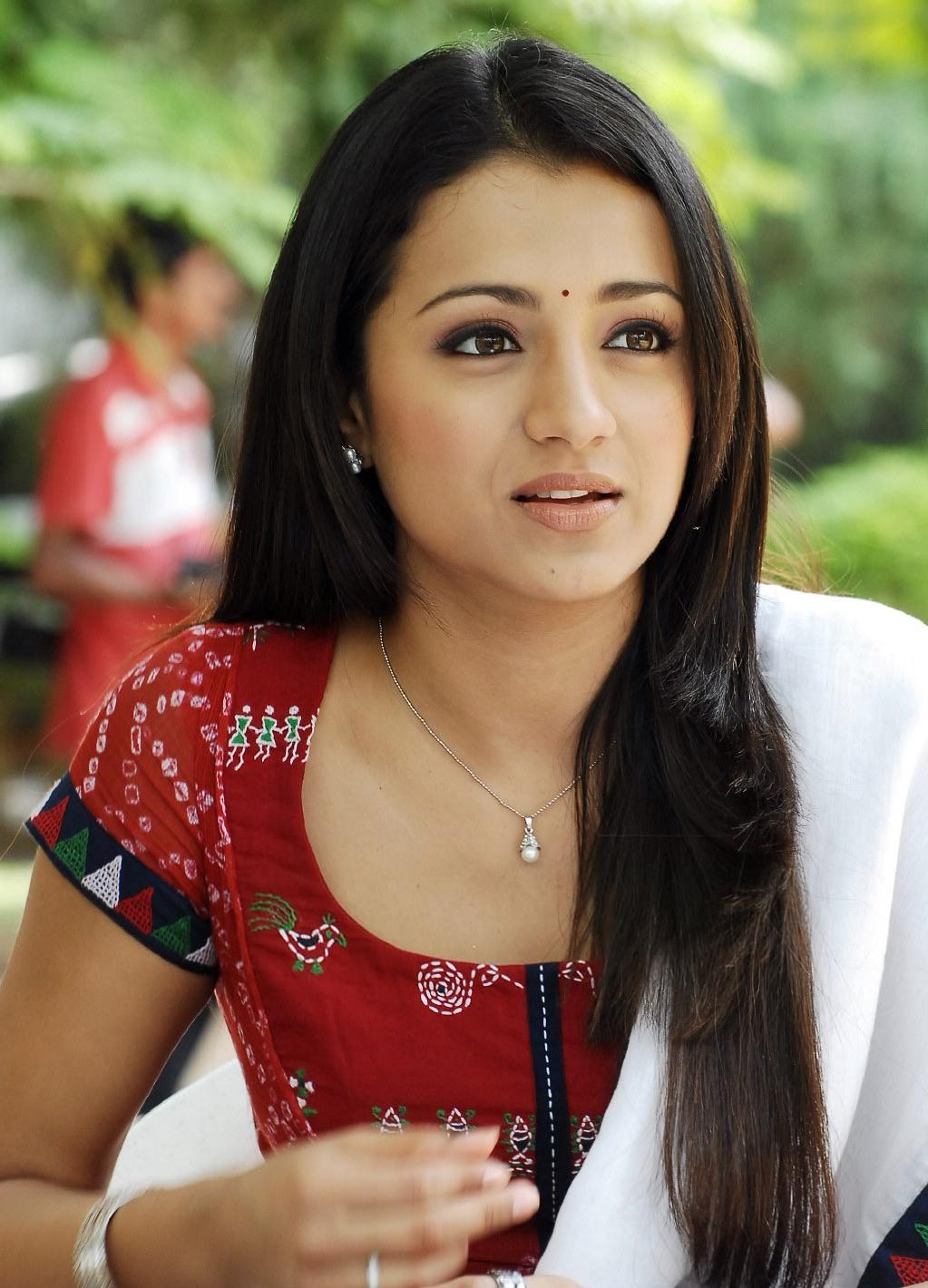 Trisha Krishnan New Look In Chudithar Cute Photogallery -1368