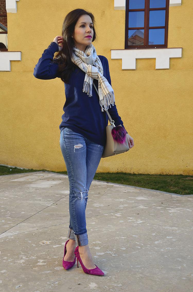 simple-look-casual-jeans-stilettos-zara-bag-look-trends-gallery-blogger