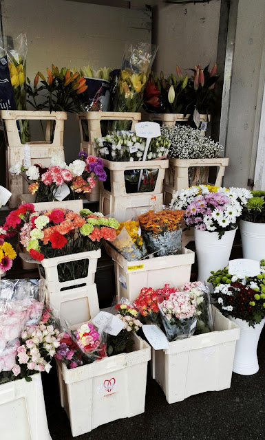 spring-bucket-list-blog-blumen-markt