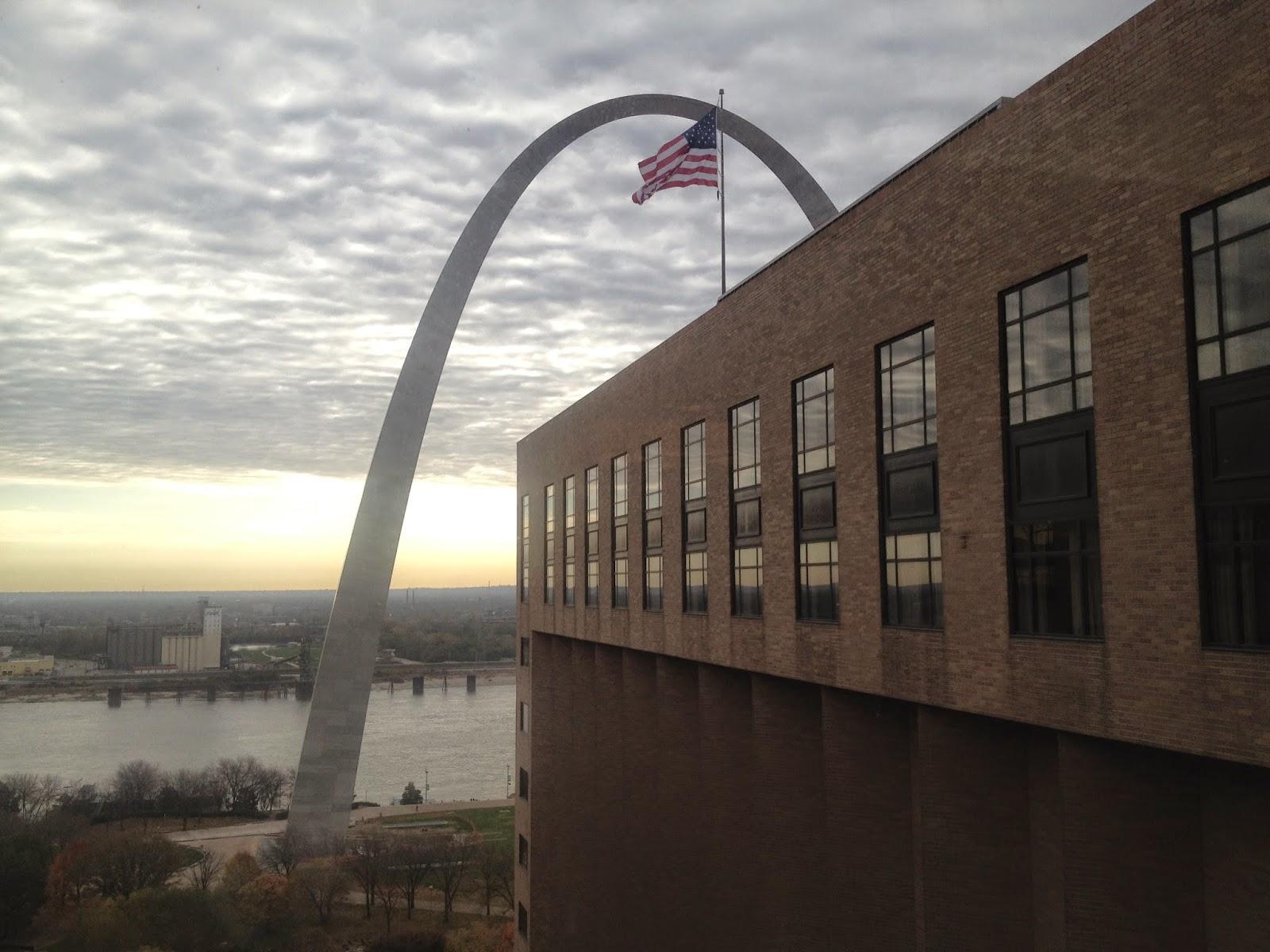 Aeron Desk Chair Folding Rental Columbus Ohio The Pointiff: Review: Hyatt Regency St. Louis At Arch