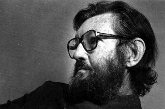 Julio Cortázar (26 libros: Obra crítica, novelas, relatos, textos experimentales y poesía)