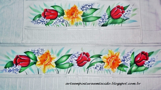 jogo de banho pintado com flores