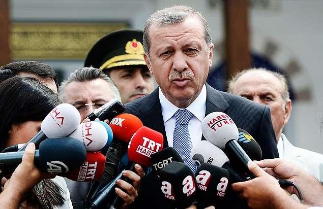 Turquia critica intervenção artística em Berlim que retrata Erdogan como ditador