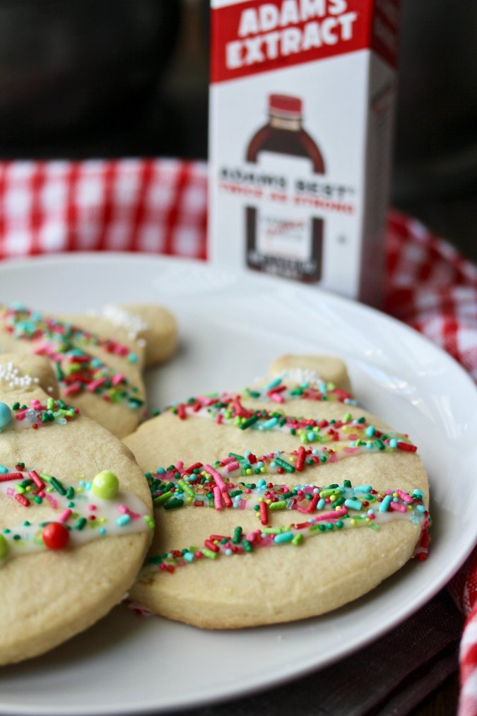 Christmas Ornament Cookies with sprinkles