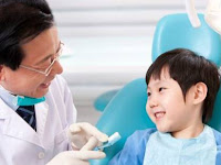 7 Cara Mengajak Anak ke Dokter Gigi Dijamin Berhasil