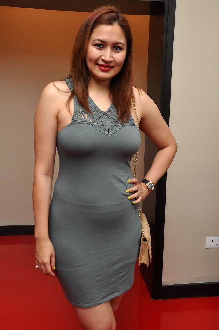 South Indian Jwala Gutta Hot And Spicy Dress - Shiner Photos-4515