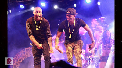 davido live performance on stage