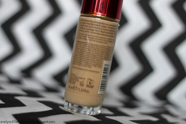AA Long Stay Cover Foundation #106 Golden Beige