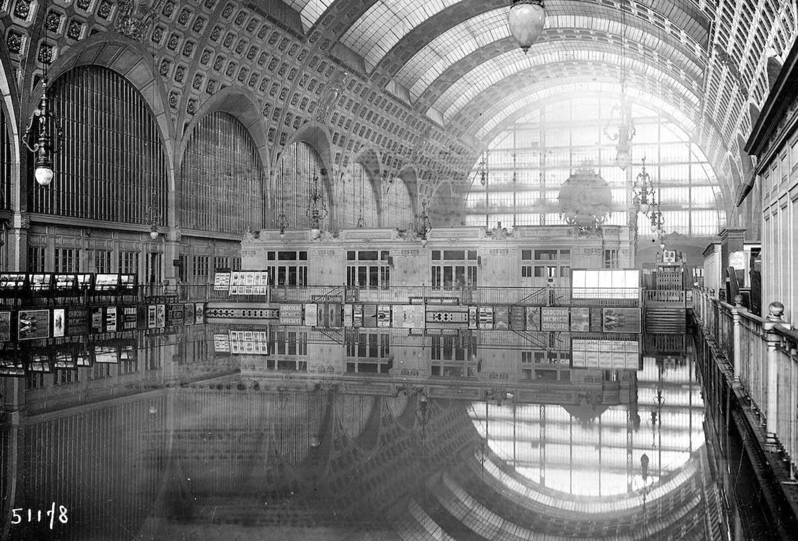 The interior of Gare d'Orsay.