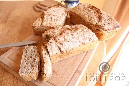 Dom chlebem pachnący - Jak upiec własny chleb od podstaw