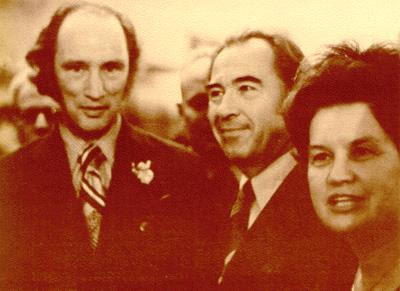 Paul Yuzk and wife, P.E. Trudeau