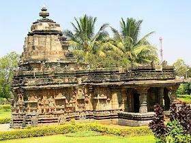 Sri Kalleshwara Temple, Hire Hadagali