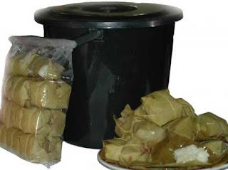 tape ketan, peuyeum kuningan, oleh-oleh khas kuningan, jawa barat, makanan khas kuningan