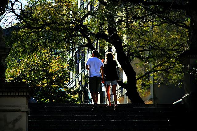 gente en el paisaje urbano
