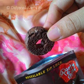 snack, oishi, sponge crunch, coklat