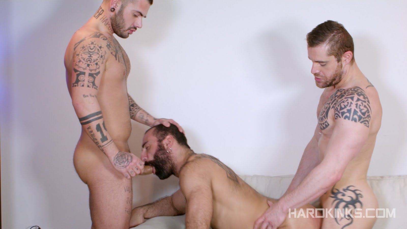 paco aday isaac video gay