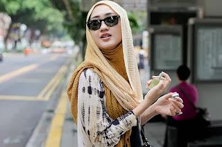 Hijab Untuk Kerja dan Hangout