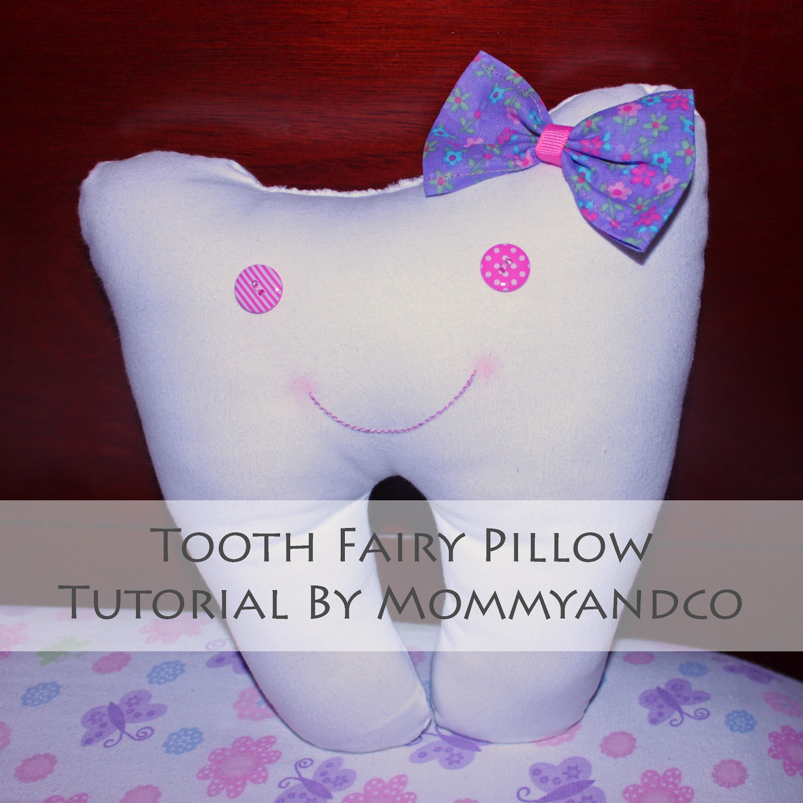 Mommyandco: Tooth Fairy Pillow Tutorial