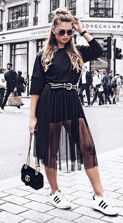 fashionable black outfit idea: dress + bag + sneakers