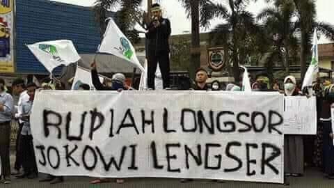 Persoalan Ekonomi Gerus Elektabilitas Jokowi Makin Terpuruk