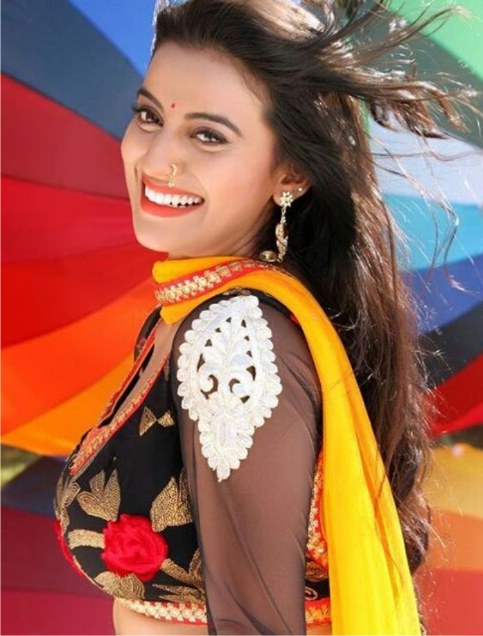 Akshara Singh Bhojpuri Actrees Height, Age,Boyfriend -9389