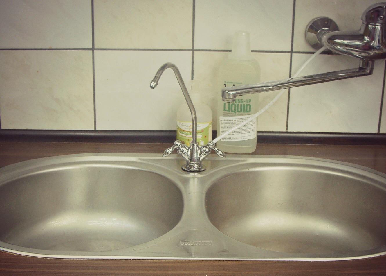 Dlaczego warto pić wodę, fit aqua, woda filtrowana, filtr kuchenny