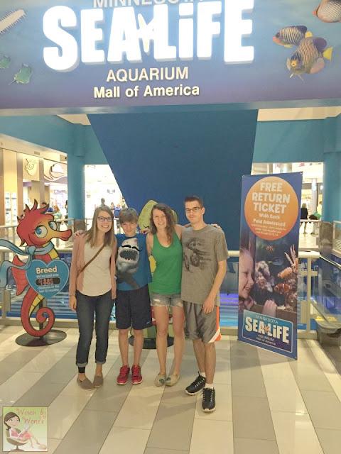 Woven By Words Sibling Day At Sea Life Minnesota Aquarium