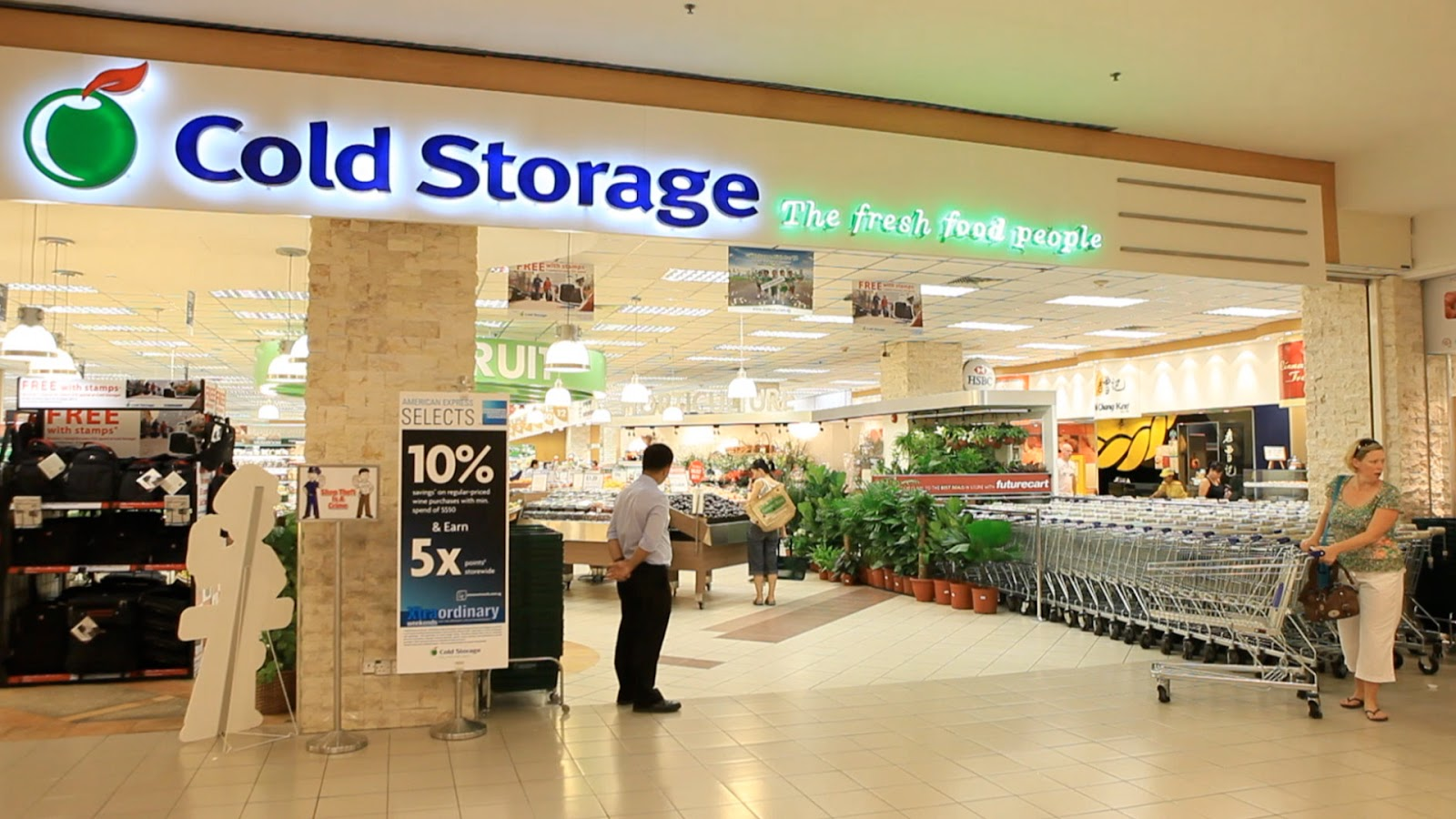 ntuc fairprice vs cold storage This report contains assessments of commodity and trade issues made by dominated by majo r supermarket retailer cold storage and ntuc fairprice.