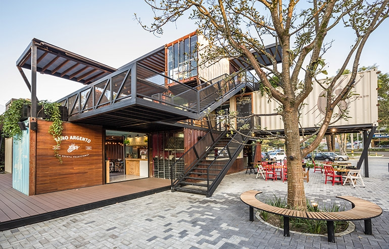 16-Shipping-Container-Architecture-6-Restaurants-in-the-Contenedores-Food-Place-www-designstack-co