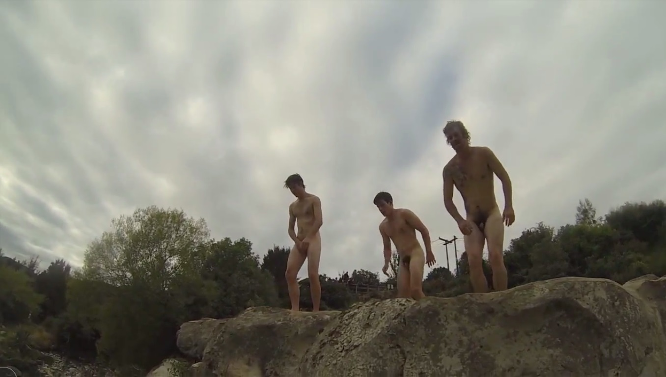 naked swim boys