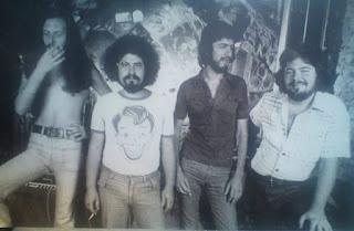 Tουρκογιωργης,Πιτσολαντης,Σπάθας,Τρανταλιδης.Club Trip Plaka.1975