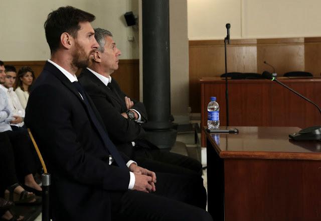 """Sốc: Cha con Messi """"ngựa quen đường cũ"""", lại lao đao vì tù tội 2"""