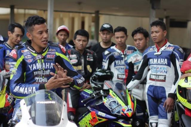 Komunitas Yamaha Ikuti Workshop Racing Bersama Rey Ratukore