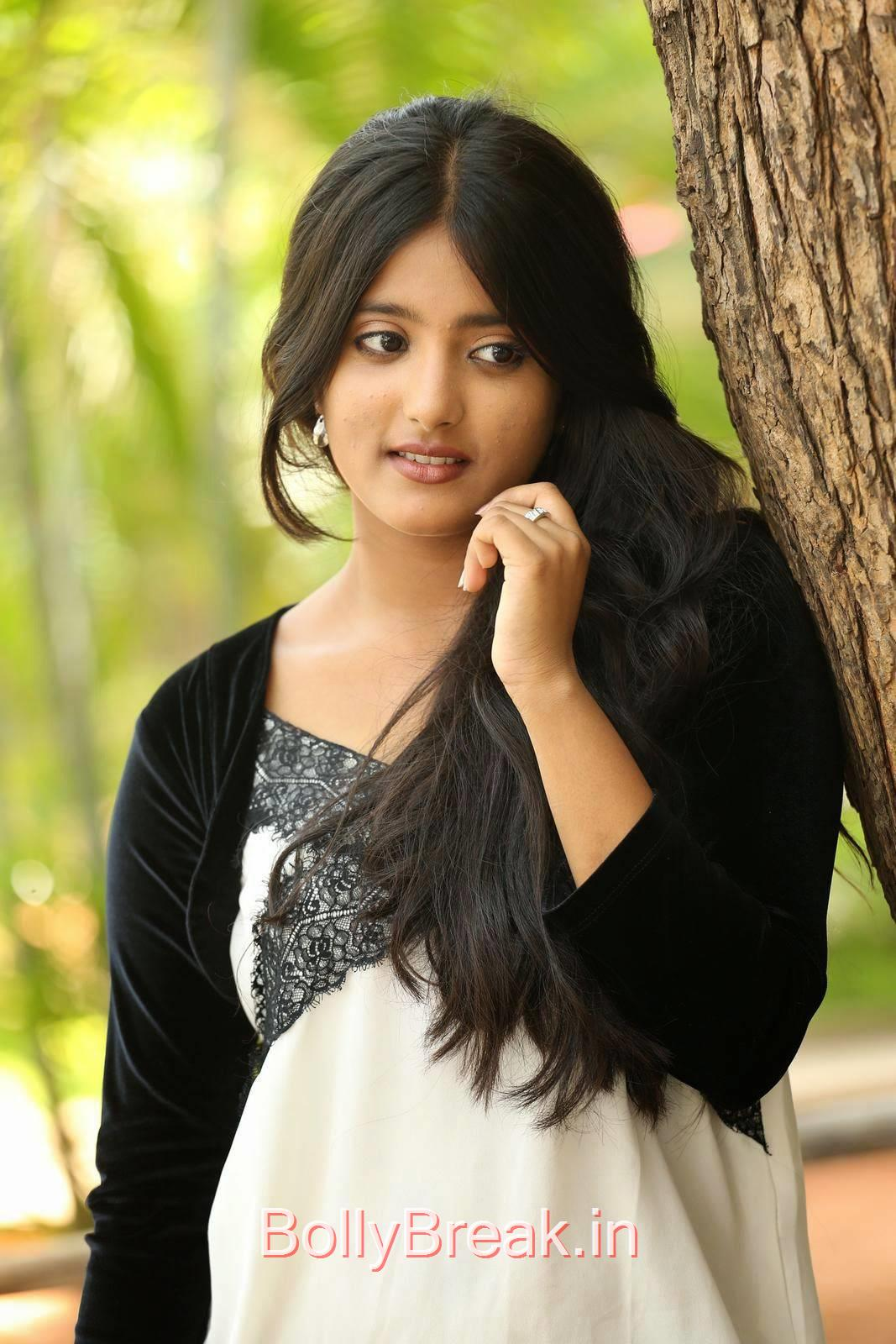 Tollywood Actress Ulka Gupta, Cute, Sweet, Innocent Indian Actress Ulka Gupta hot HD Photo Gallery Pics
