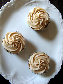 new oct+047a Spice Cupcakes with Cinnamon Buttercream