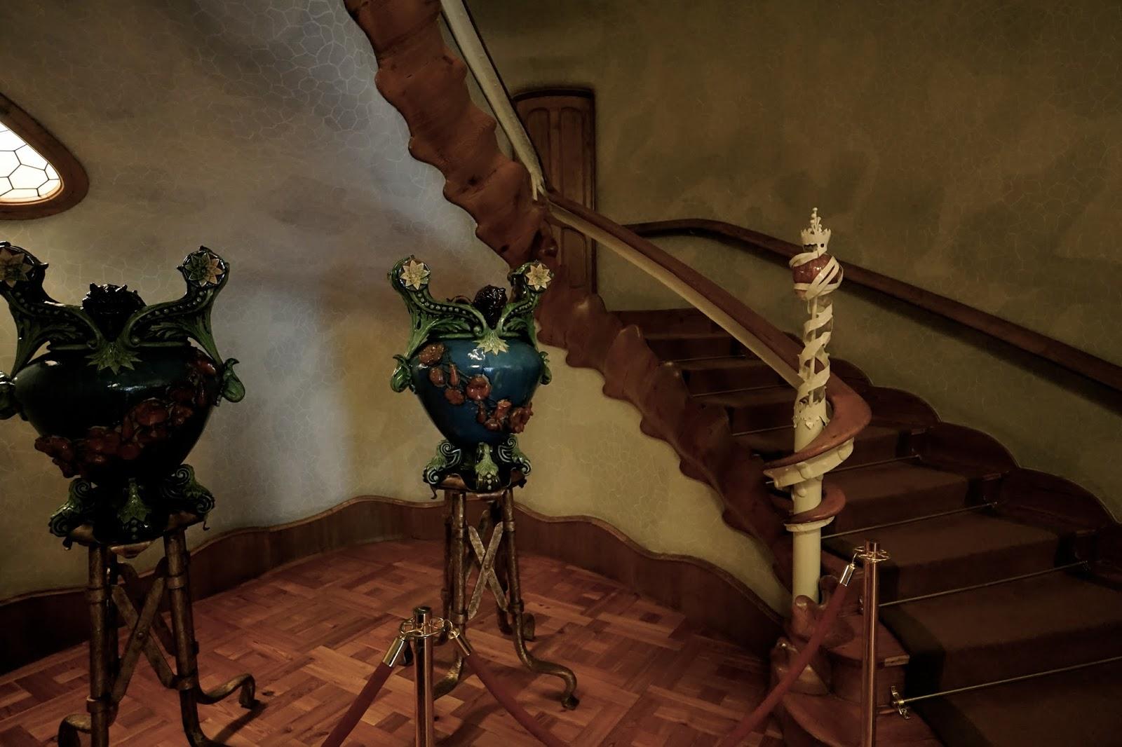 1階(バトリョ家)の階段